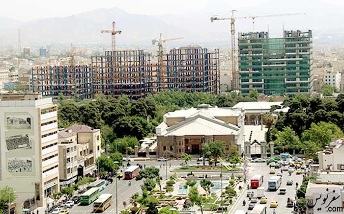 ساختوسازهای بیضابطه در تاریخیترین میدان تهران